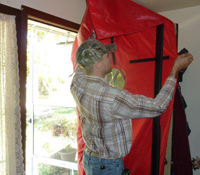 weatherization-installs-blower-door